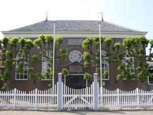 Voorzijde kerkgebouw Muziek in Waddinxveen